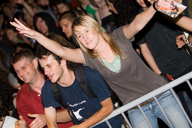 UFO - Urban Fest Osijek 2007. - dan #2 i #3  Foto: steam [url=http://www.osijek031.com/osijek.php?topic_id=8227]UFO - Urban Fest Osijek 2007. - program[/url]  Ključne riječi: ufo ufo2007 urban fest osijek