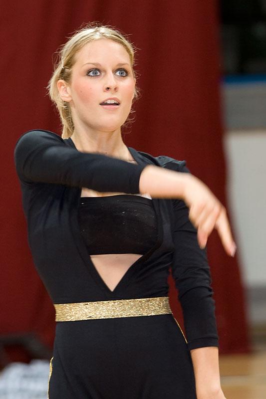 Foto: steam  Ključne riječi: feniks ples midal