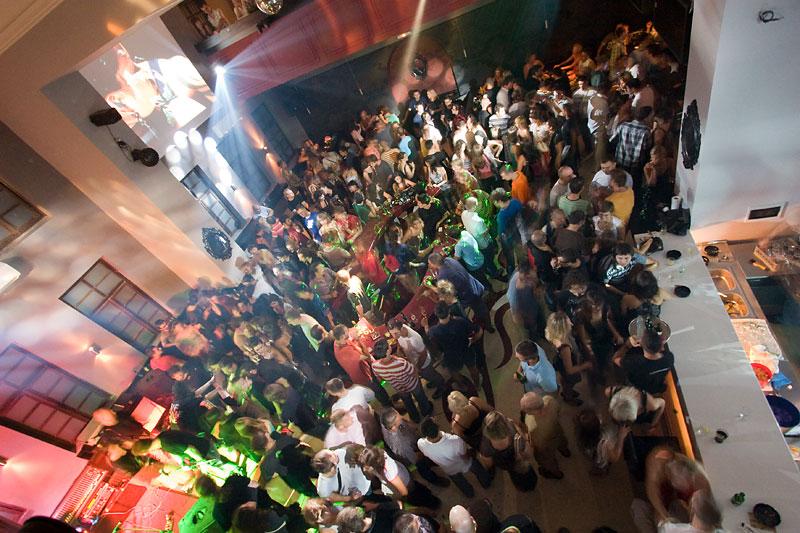 Night bar Bastion, Tvrđa  Foto: steam  Ključne riječi: bastion tvrđa