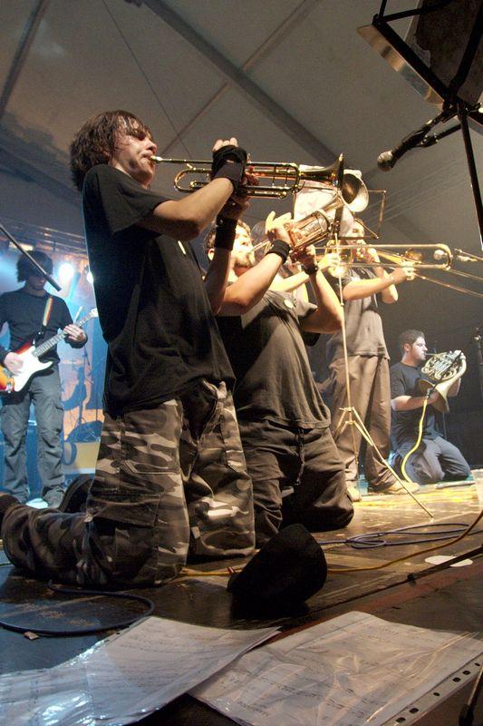 Let3 i We Come One  [url=http://www.osijek031.com/osijek.php?topic_id=9455]Jesen uz Osjecko 2007. (dani piva)[/url]  Foto: cacan  Ključne riječi: jesen_uz_osjecko dani_piva let3 we_come_one