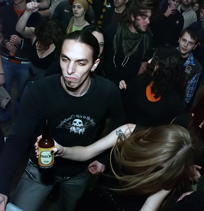 Jesen uz Osječko - ponedjeljak - Vatra  [url=http://www.osijek031.com/osijek.php?topic_id=9455]Jesen uz Osječko 2007. (dani piva)[/url]  Kratka ali slatka galerija by Zuhra