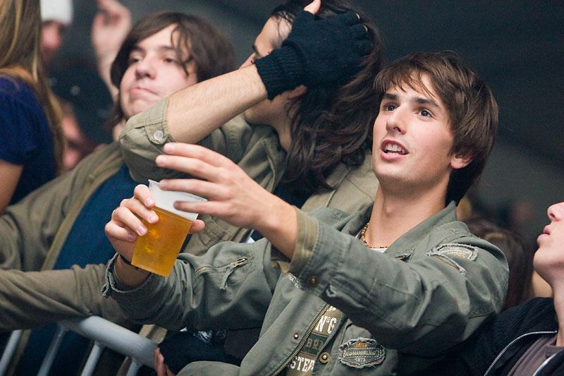 Poznati glumac u mladim danima  Foto: steam  Ključne riječi: jesen_uz_osjecko dani_piva marijan_ban diktatori