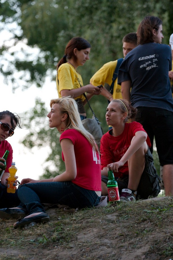 Maturanti, norijada, quadrilla 2008.  Foto: Jura  Ključne riječi: maturanti norijada quadrilla 2008