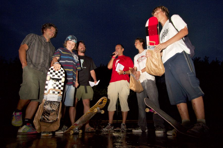 Pobjednici skate street-a [mlađi]  Foto: cacan  Ključne riječi: pannonian challenge pannonian2008