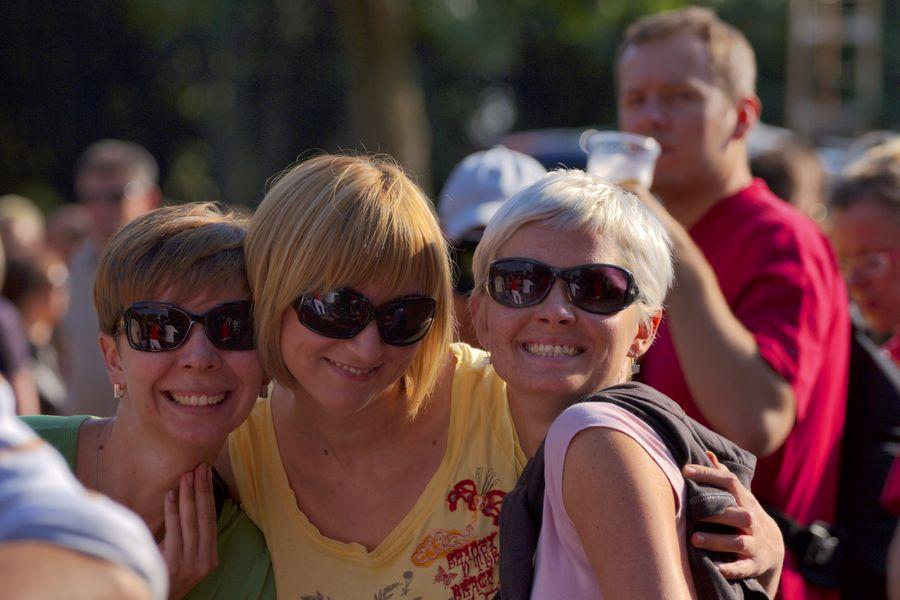 Tri gracije i pivopija!  Foto: cacan  Ključne riječi: pannonian challenge pannonian2008