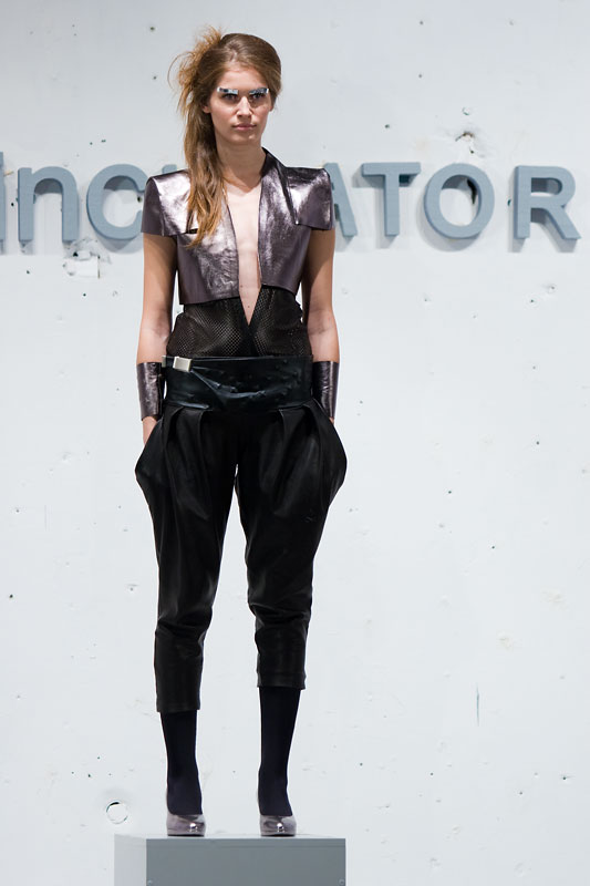 Fashion Incubator Movie  Foto: steam  Ključne riječi: ofi ofi2008 fashion-incubator fashion-movie
