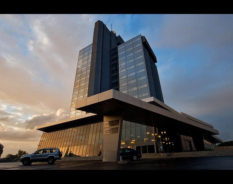 Hotel Osijek  Foto: Samir Kurtagic  Ključne riječi: hotel osijek