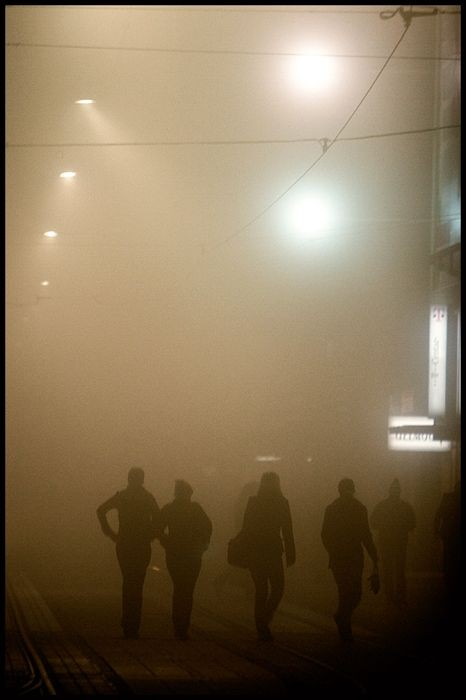 U prolazu  Foto: Samir Kurtagic  Ključne riječi: u-prolazu prolazu magla