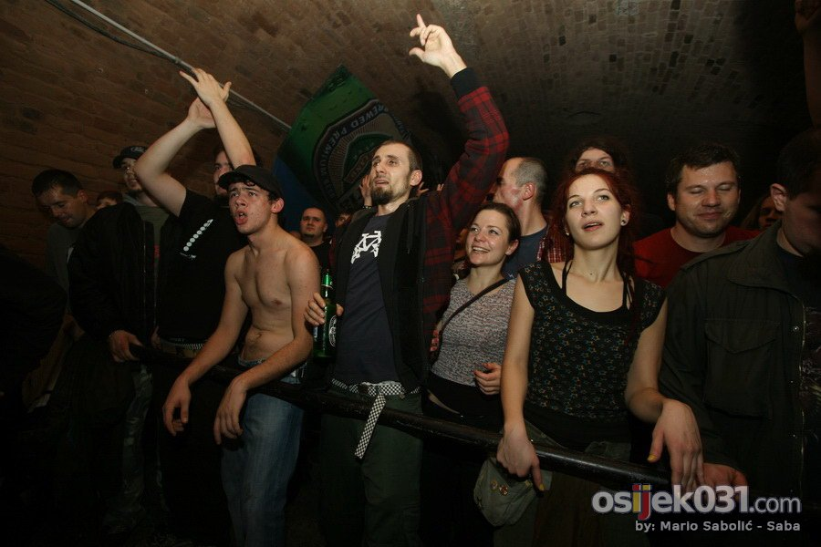 Kultur Shock  Foto: Mario Sabolić - Saba  Ključne riječi: kultur-shock mini-teatar