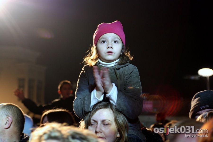 'Daj 5'  Foto: Igor Košćak  Ključne riječi: daj-pet humanitarni-koncert