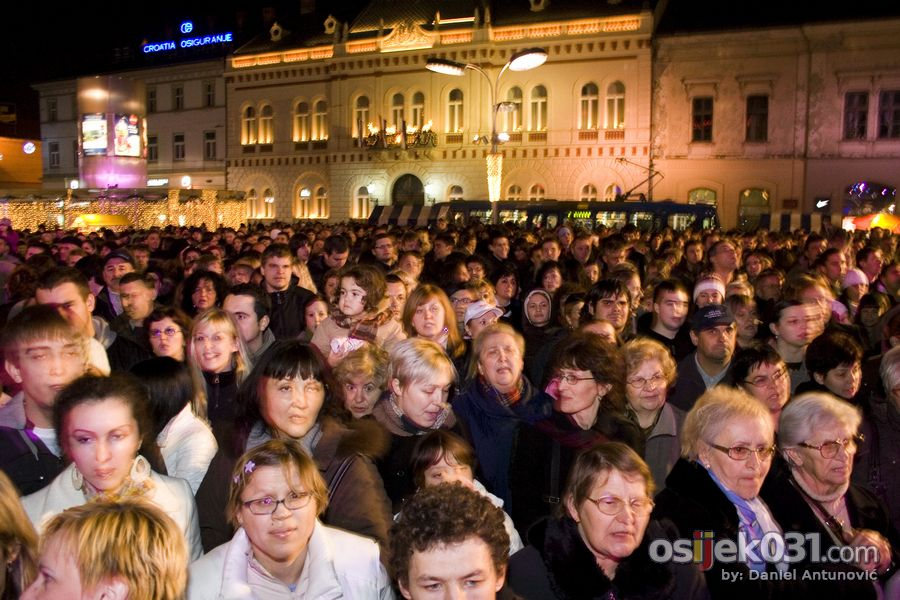 'Daj 5'  Foto: Daniel Antunović  Ključne riječi: daj-pet humanitarni-koncert