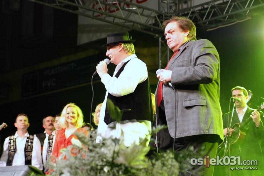 Zrinjevac  Foto: Igor Košćak  Ključne riječi: zrinjevac tamburaski-koncert memorijal darko-pauric