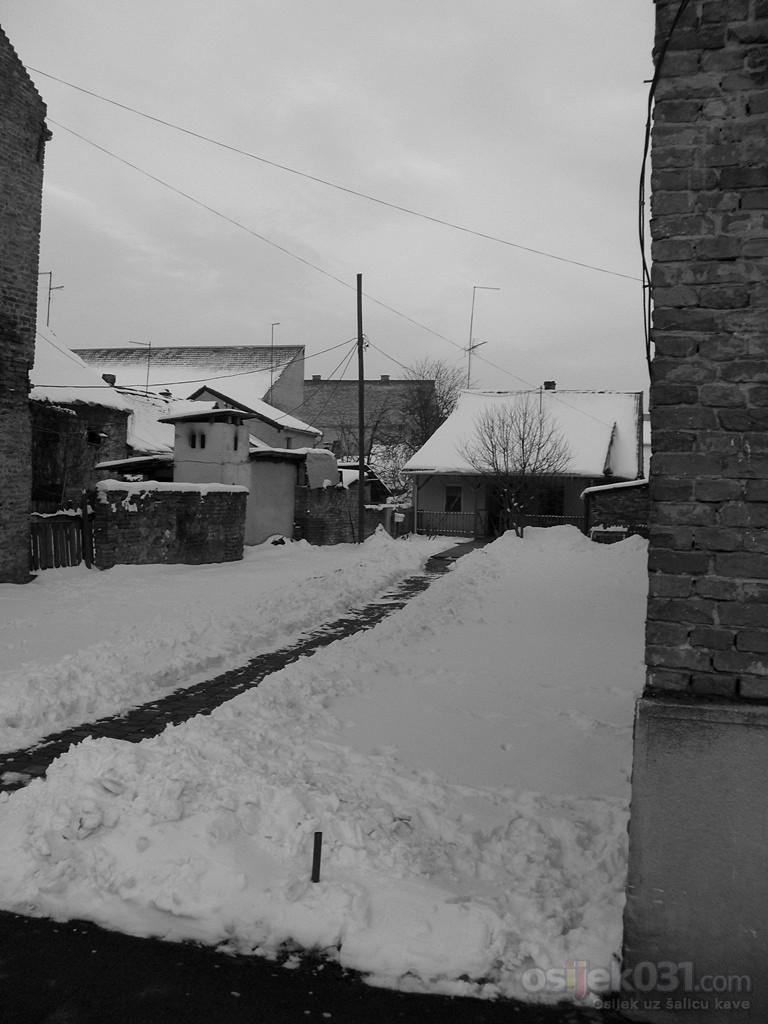 Drzava-grad-selo  Foto: Toni Bozicevic  Ključne riječi: fotomaraton, southeast24-7