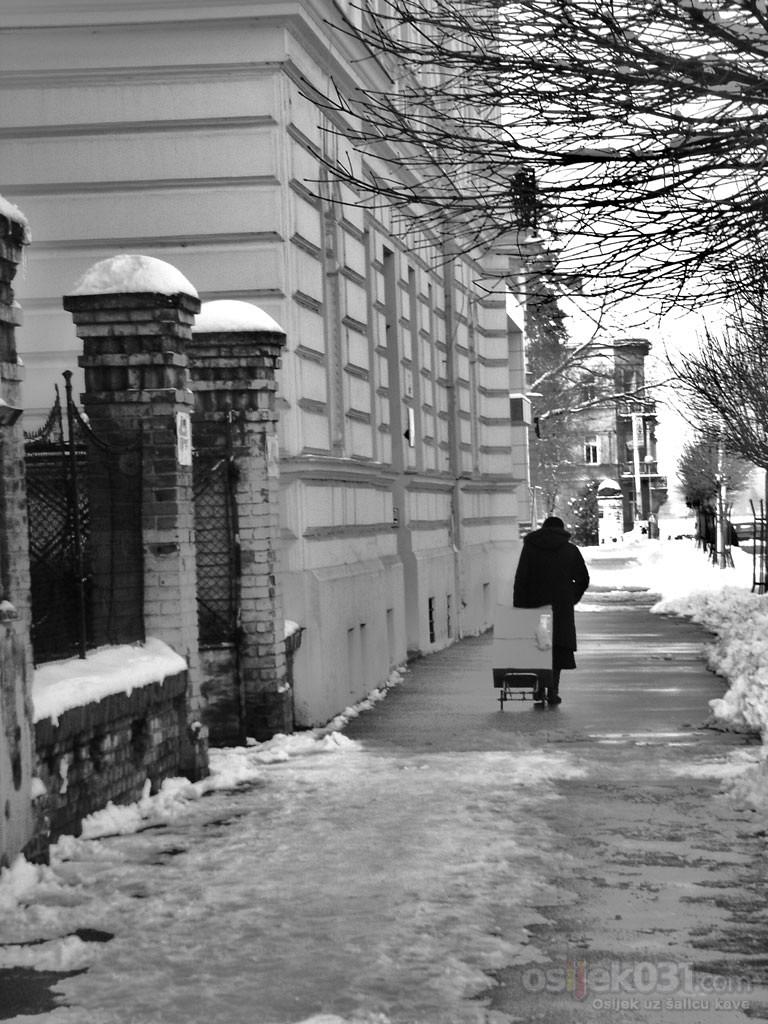 Tempo  Foto: Ana Brodjanac, Dragana Cubra, Nera Marjanovic  Ključne riječi: fotomaraton, southeast24-7