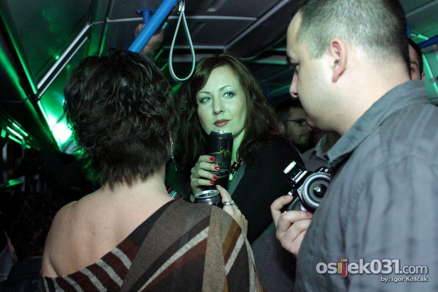 Tramvaj party  Foto: Igor Košćak  Ključne riječi: tramvaj-party
