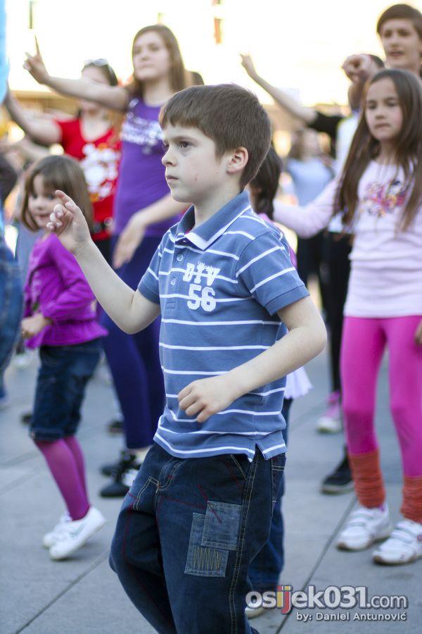 Međunarodni dan plesa  Foto: Daniel Antunović  Ključne riječi: medjunarodni dan plesa