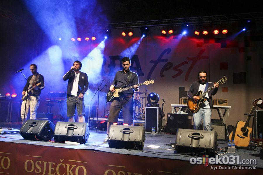 [petak]  Foto: Daniel Antunović  Ključne riječi: tvrdjafest 2010
