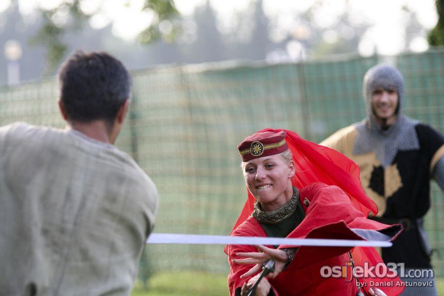 Viteški grad  Foto: Daniel Antunović  Ključne riječi: tvrdjafest vitezovi viteski-grad