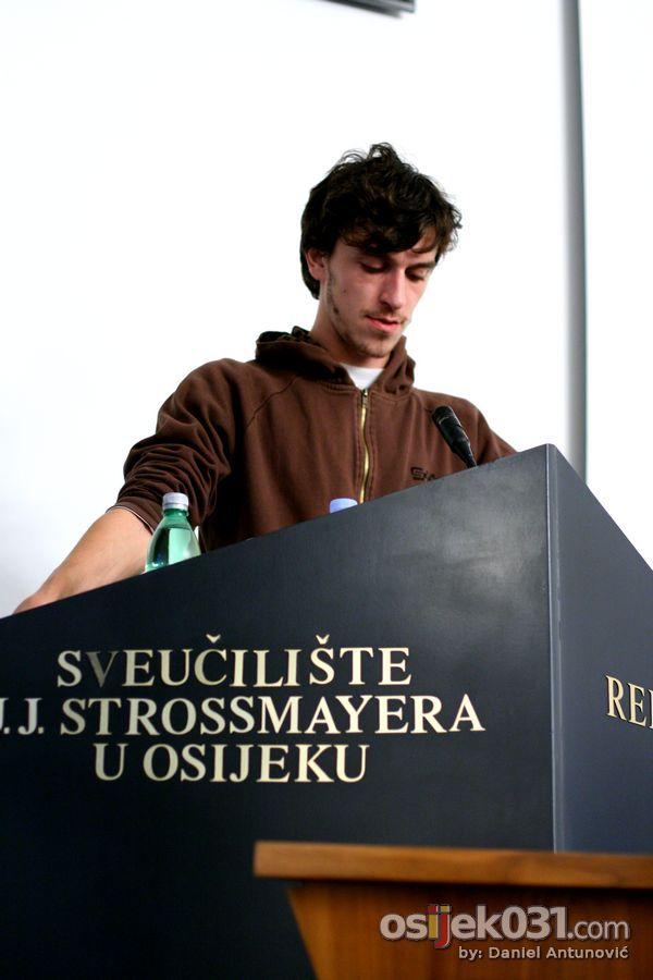 OaLJM - [ponedjeljak]  [url=http://www.osijek031.com/osijek.php?najava_id=27805]Osječko after ljeto mladih 2010. (OaLJM) - program[/url]  Foto: Daniel Antunović