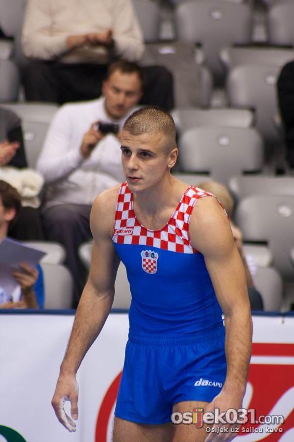 Gimnastika  [url=http://www.osijek031.com/osijek.php?najava_id=27508]Žito Grand Prix Osijek 2010.[/url]  Foto: Tomislav Kelić [Rumpelstilskin]