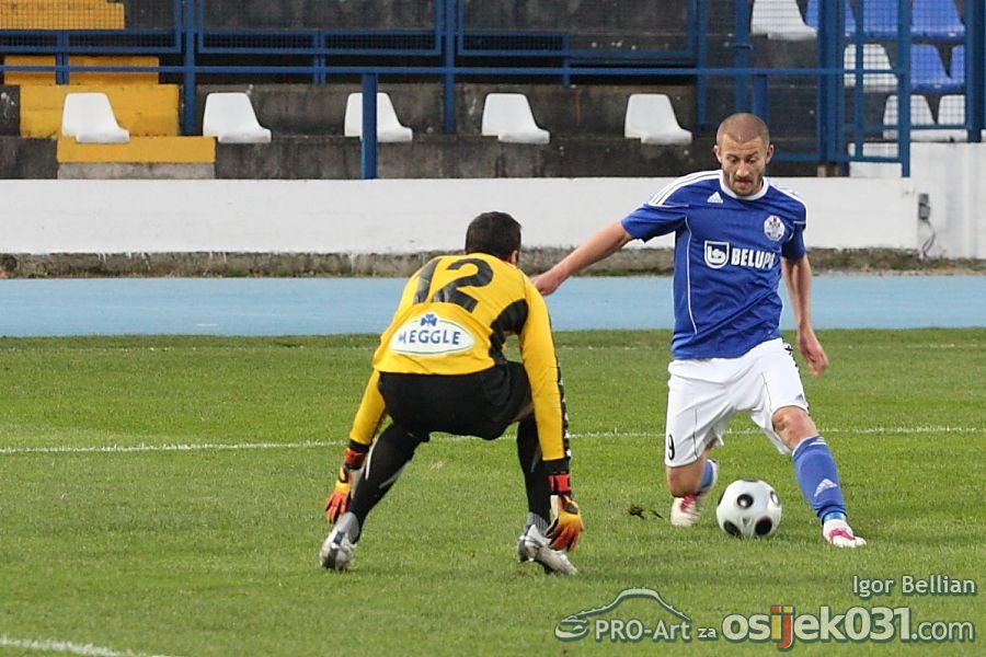 NK Osijek - NK Slaven Belupo 1 : 1  Foto: Igor Bellian [Pro-Art]  Ključne riječi: Foto: Igor Bellian [Pro-Art]