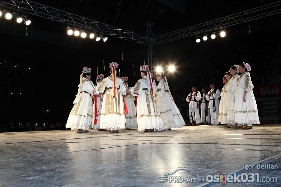 Lado - ansambl narodnih plesova i pjesama Hrvatske  Foto: Igor Bellian [Pro-Art]
