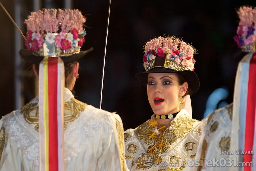 Lado - ansambl narodnih plesova i pjesama Hrvatske  Foto: Ivica Glavaš [Pro-Art]