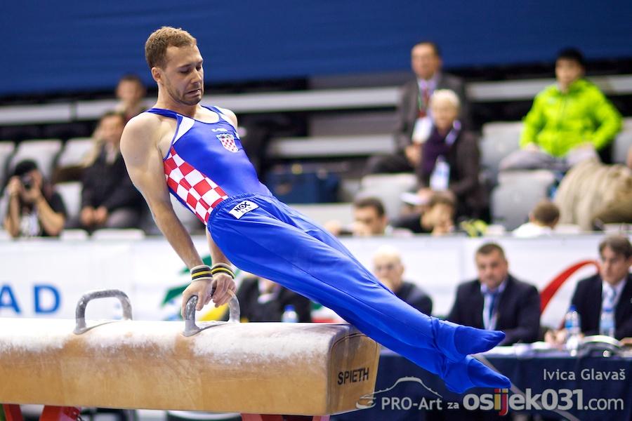 [četvrtak] - kvalifikacije  [url=http://www.osijek031.com/osijek.php?topic_id=33978]Grand prix Osijek 2011. Žito Challenge Cup - rezultati kvalifikacija + program[/url]  Foto: Ivica Glavaš [Pro-Art]