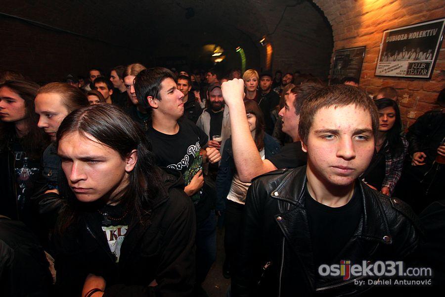 [url=http://www.osijek031.com/osijek.php?topic_id=34954]KMT: Osijek se probudio![/url]  Foto: Daniel Antunović
