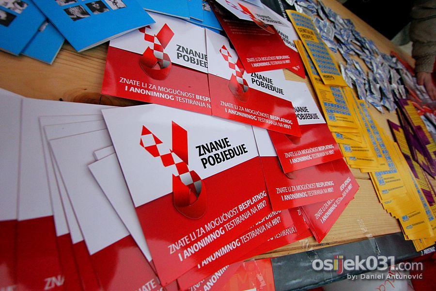 [url=http://www.osijek031.com/osijek.php?topic_id=35333]Svjetski dan borbe protiv AIDS-a[/url]  Foto: Daniel Antunović