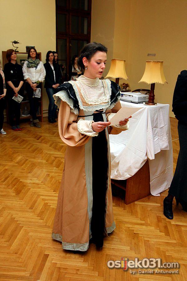[url=http://www.osijek031.com/osijek.php?topic_id=37238]Odjel za kulturologiju: Izložba