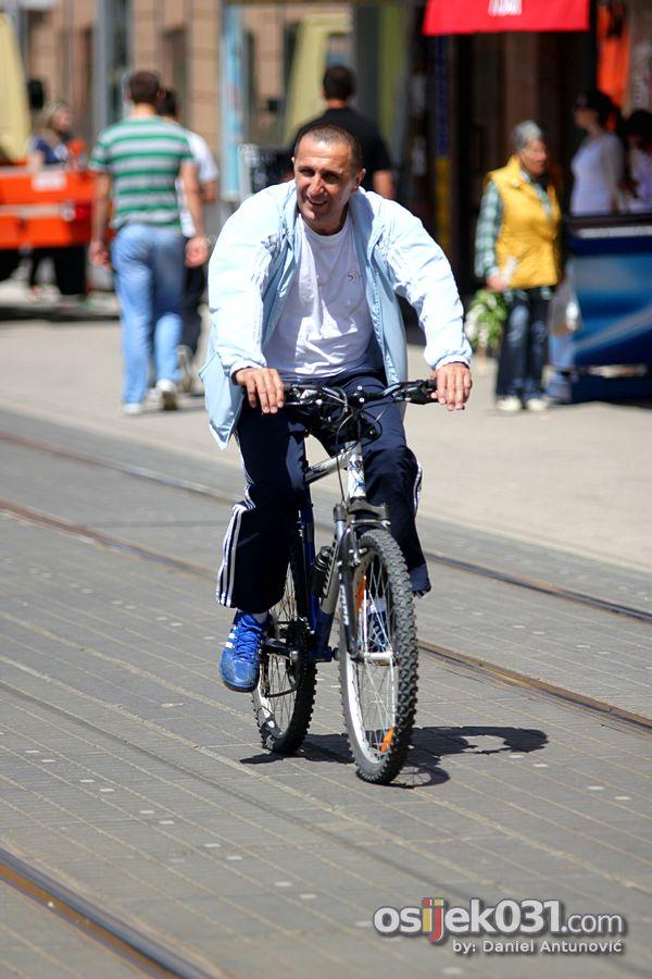 [url=http://www.osijek031.com/osijek.php?topic_id=38244]Galerija 031: Subotnja šetnja[/url]  Foto: Daniel Antunović
