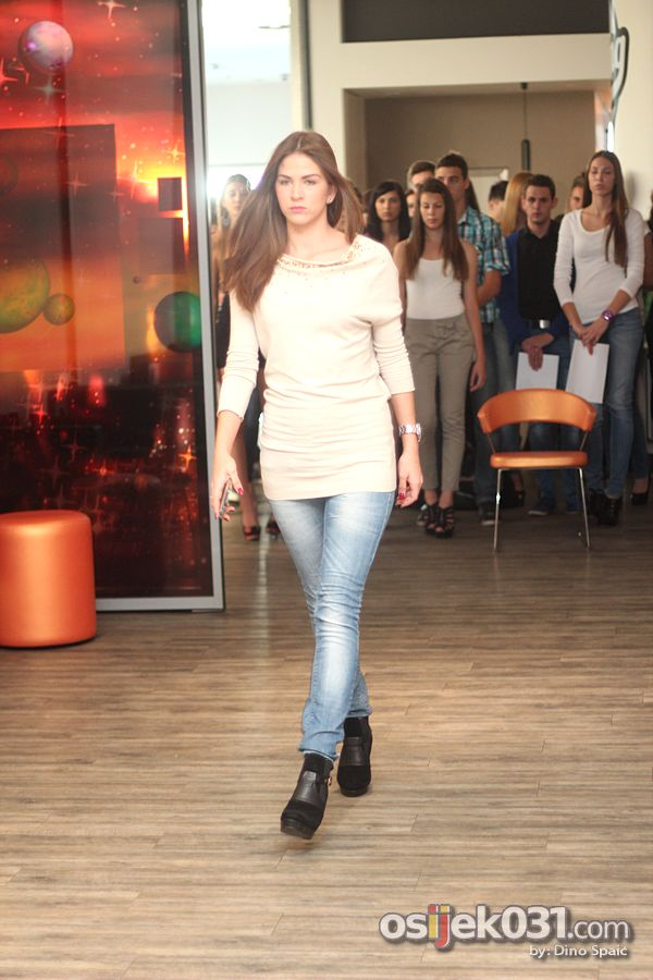 [url=http://www.osijek031.com/osijek.php?topic_id=40691][FOTO] Održan casting za modele Portanova Fashion Incubator 2012.[/url] Foto: Dino Spaić
