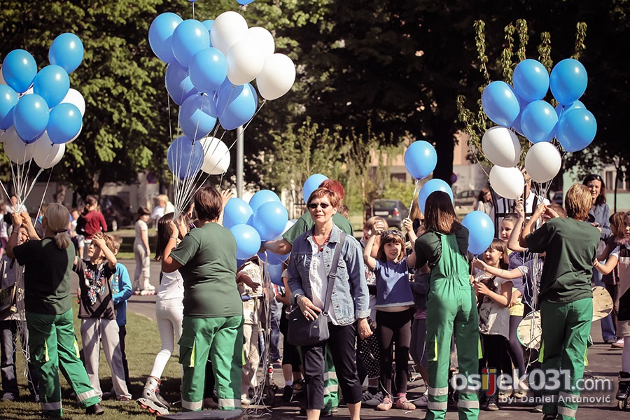 [url=http://www.osijek031.com/osijek.php?topic_id=44788]Otvoren novouređeni park Zrinjevac[/url]  Foto: [b]Daniel Antunović[/b]