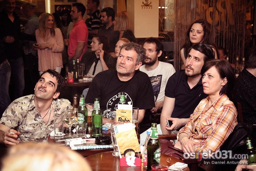 [url=http://www.osijek031.com/osijek.php?topic_id=44802]Održana premijera filmskog uratka