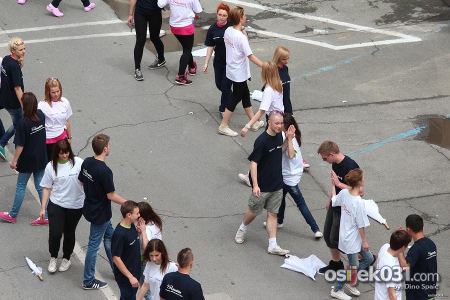 Quadrilla Osijek 2013.  [url=http://www.osijek031.com/osijek.php?topic_id=44976][VIDEO + FOTO] Quadrilla 2013. - Norijada 2013. Osijek + milenijska fotografija EUROPA[/url]  Ključne riječi: quadrilla quadrilla-2013