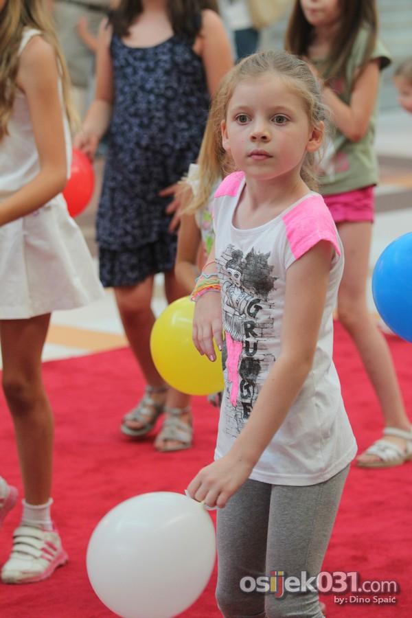 [url=http://www.osijek031.com/osijek.php?topic_id=46084][FOTO] Mališani se zabavljali na 'Malom discu' u Avenue Mallu Osijek[/url]  Foto: Dino Spaić