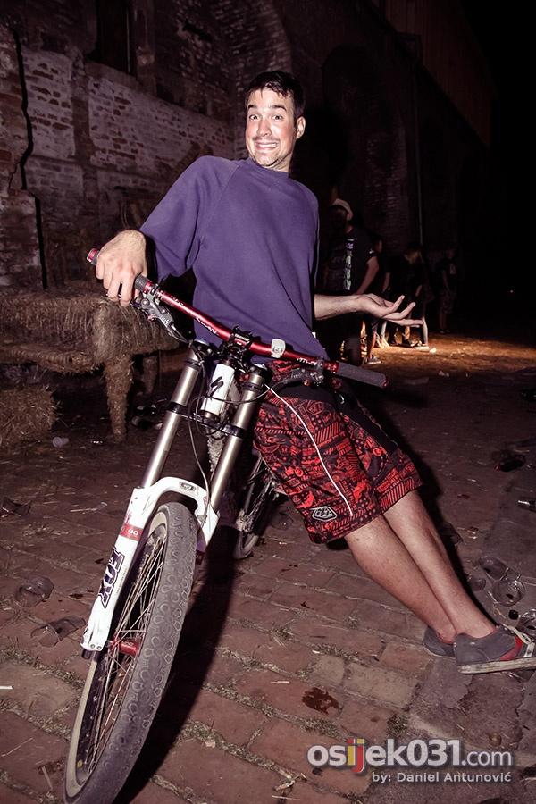 [url=http://www.osijek031.com/osijek.php?topic_id=46398]Zabavom u Kazamatu otvoren 14. Pannonian Challenge festival[/url]  [url=http://www.osijek031.com/osijek.php?topic_id=43899]Pannonian Challenge XIV. [2013.] [program][/url]  Foto: [b]Daniel Antunović[/b]