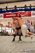 2013_11_24_wrestling_show_avenue_mall_novokmet_013.jpg