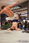 2013_11_24_wrestling_show_avenue_mall_novokmet_033.jpg