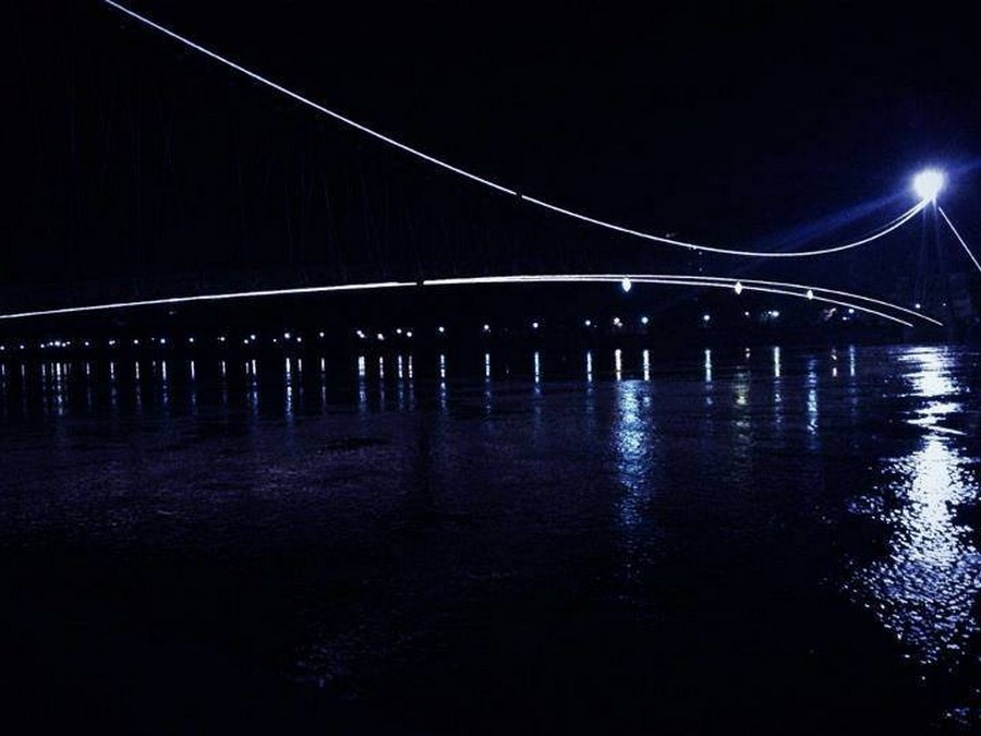 [url=http://www.osijek031.com/osijek.php?topic_id=48975][FOTO] Viseći pješački most u Osijeku - kroz objektiv građana[/url]  Foto: Davor Pandurević