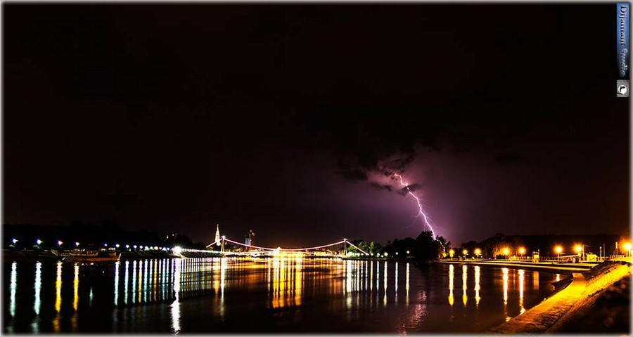 [url=http://www.osijek031.com/osijek.php?topic_id=48975][FOTO] Viseći pješački most u Osijeku - kroz objektiv građana[/url]  Foto: Dijamant studio