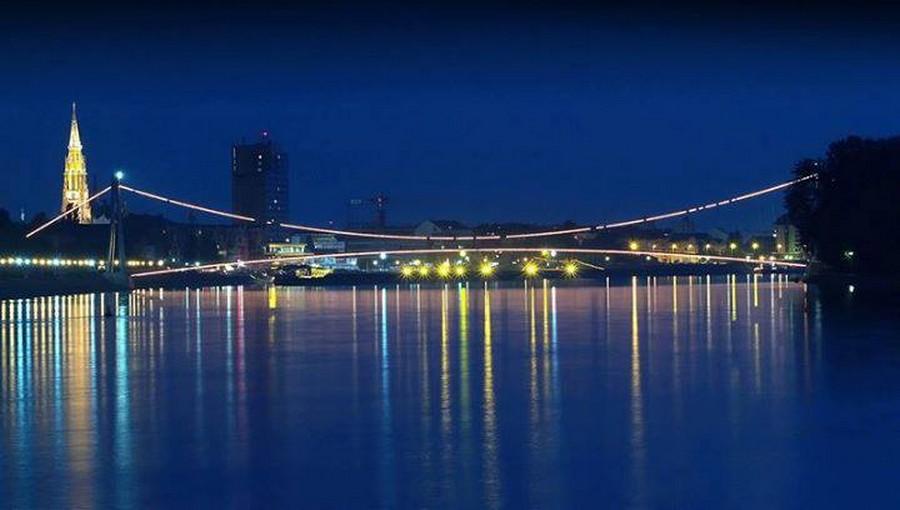 [url=http://www.osijek031.com/osijek.php?topic_id=48975][FOTO] Viseći pješački most u Osijeku - kroz objektiv građana[/url]  Foto: Josip Čutunić