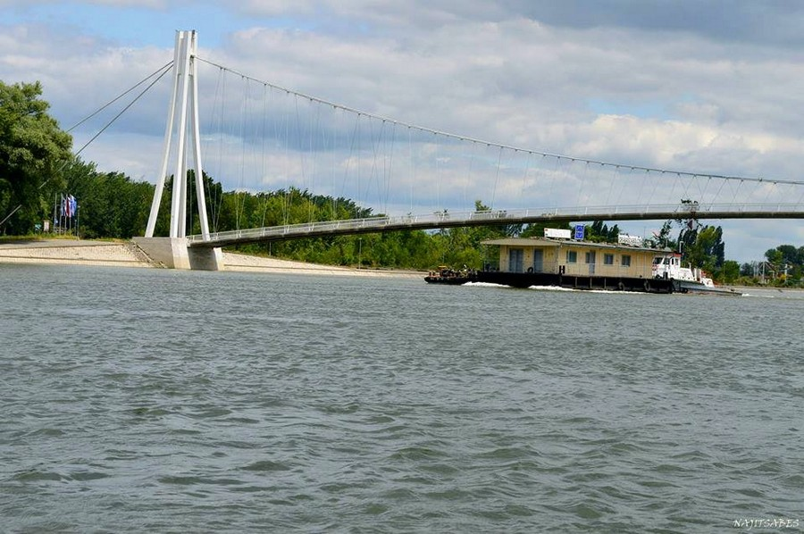 [url=http://www.osijek031.com/osijek.php?topic_id=48975][FOTO] Viseći pješački most u Osijeku - kroz objektiv građana[/url]  Foto: Najitsabes Kovač
