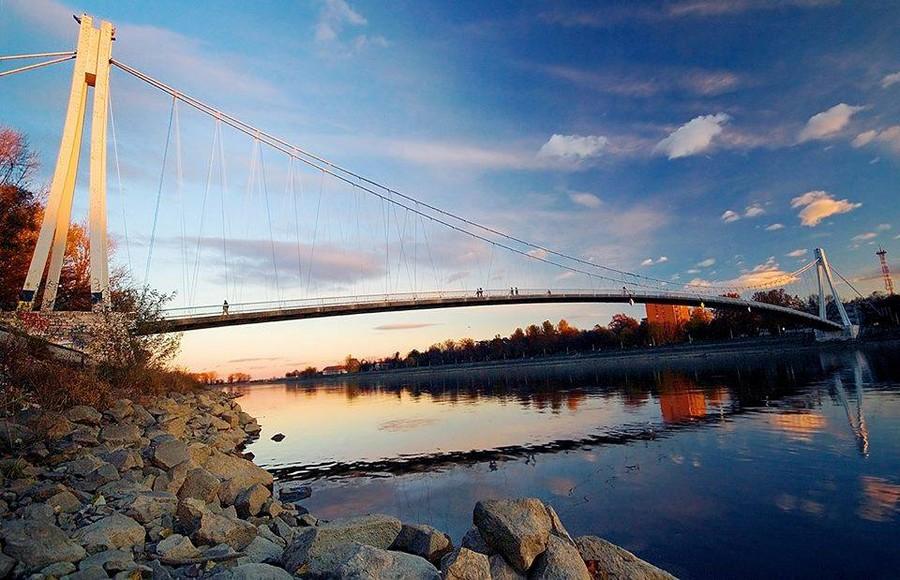 [url=http://www.osijek031.com/osijek.php?topic_id=48975][FOTO] Viseći pješački most u Osijeku - kroz objektiv građana[/url]  Foto: Samir Kurtagić
