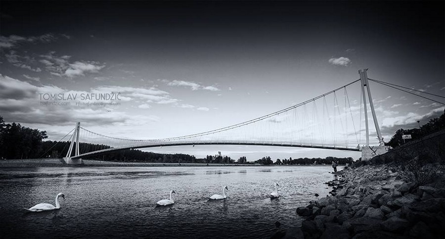 [url=http://www.osijek031.com/osijek.php?topic_id=48975][FOTO] Viseći pješački most u Osijeku - kroz objektiv građana[/url]  Foto: Tomislav Safundžić