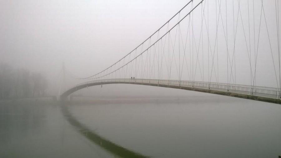 [url=http://www.osijek031.com/osijek.php?topic_id=48975][FOTO] Viseći pješački most u Osijeku - kroz objektiv građana[/url]  Foto: Zoran Popadić