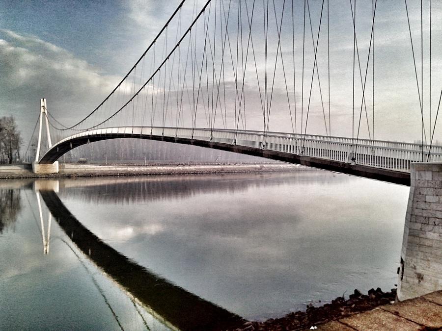 [url=http://www.osijek031.com/osijek.php?topic_id=48975][FOTO] Viseći pješački most u Osijeku - kroz objektiv građana[/url]  Foto: Ivan Ivić