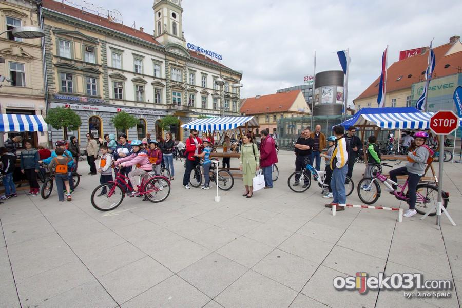 [url=http://www.osijek031.com/osijek.php?topic_id=50925][FOTO] Mališani pokazali spretnost na biciklima na ovogodišnjoj