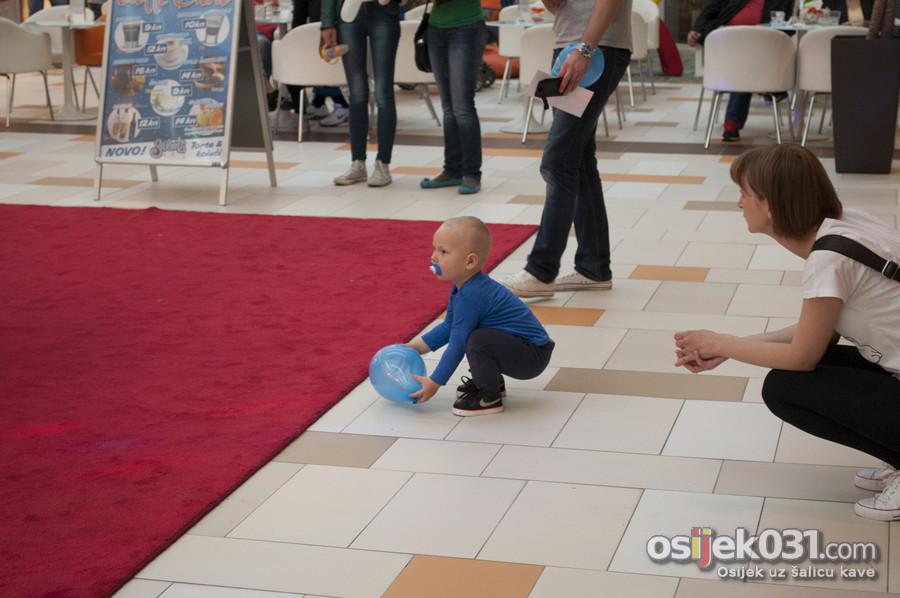 [url=http://www.osijek031.com/osijek.php?topic_id=50940][FOTO] Mališani se zabavljali u Malom discu u Avenue Mallu Osijek[/url]  Foto: Darko Grundler